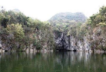 黄果树-天星桥-陡坡塘-龙宫1日游