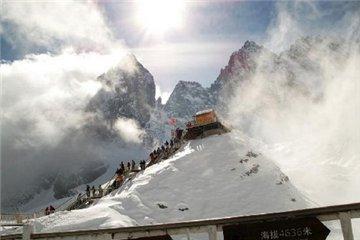 玉龙雪山旅游简介