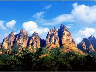 五指山大峡谷漂流一日游
