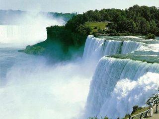 吊水楼瀑布风景