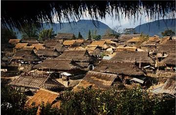 翁丁佤族原始群居村落旅游简介