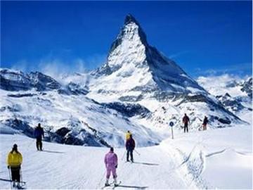 蓝天滑雪场旅游简介