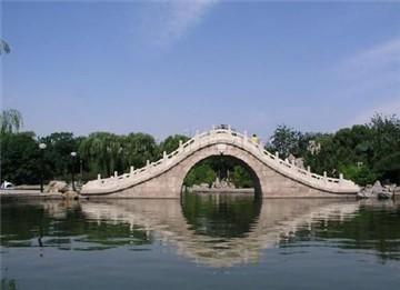 龙潭湖自然风景区