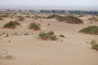 乌兰布和大沙漠