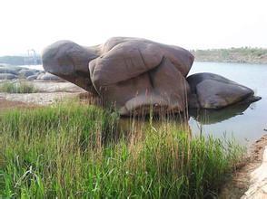 龟石滩风景区
