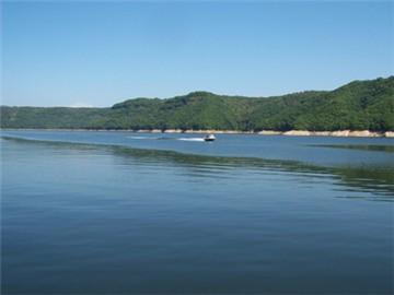 新立湖水利风景区