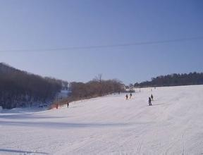 金厂滑雪场
