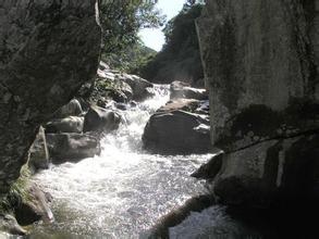 响水河漂流