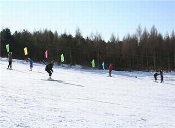 望云峰滑雪场